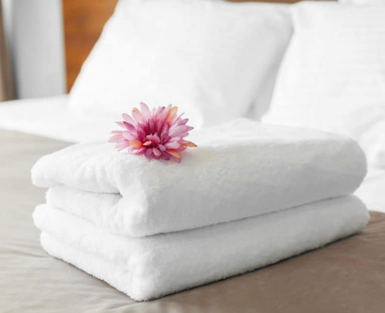 pick up and delivery - hotel laundry services